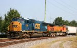 CSX 8736 & BNSF 5236 lead a train southbound