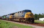 CSX 628 leads a northbound train