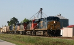 CSX 5490 leads train Q410 with foreign power northbound