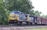 CSX 7783 leads train Q409 southbound