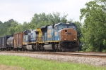 CSX 4830 leads train Q410 northbound