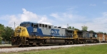 CSX 138 & 12 lead train Q492 northbound after passing Q491