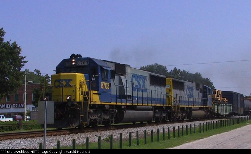 CSX 8703 & 8777 lead a southbound train