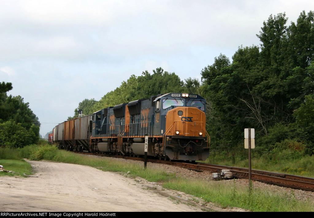CSX 4808 & 4779 lead a train at mp A 263