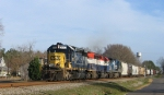 CSX 8110 leads a lease unit and ex- CR unit southbound