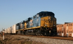 CSX 5423 & 5420 lead the Tropicana juice train northbound