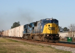 CSX 8734 and an SD80MAC pull the juice train Northbound