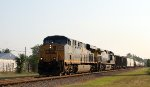 CSX 797 leads train Q439-22 southbound