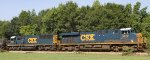 CSX 5212 & 8551 lead train Q492 northbound