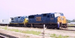 CSX 8748 leads a northbound intermodal train