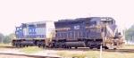 HLCX 9030 & CSX 8453 work the yard