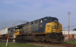 CSX 666 leads a northbound intermodal train