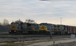 CSX 8745 leads a train into Florence Yard
