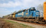 CSX 8812 follows CSX 619 southbound