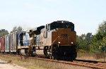 CSX 4848 leads a northbound train