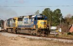 CSX 8709 leads a train northbound