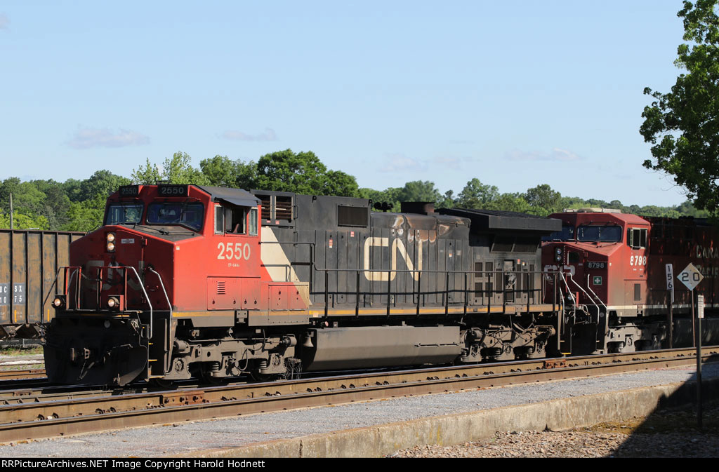 CN 2550 & CP 8798 will lead CSX train F741-14 out of the yard