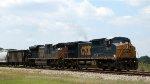 CSX 7870 leads train F742 northbound