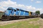 CEFX 3152 leads train F741-05