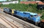 CSX 7519 & 7925 cross Boylan on their way southbound