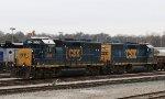 CSX 6051 & 4305 sit in the yard