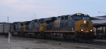 CSX 861 leads train U306-25 northbound early in the morning