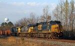 CSX 881 leads train F018-16 northbound