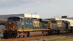 CSX 5229 leads train Q401 towards the yard
