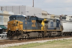 CSX 5344 leads train Q415 southbound
