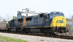 CSX 8761 awaits its chance to proceed southbound
