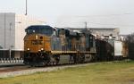 CSX 5419 leads train Q405 through town