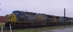 CSX 660 leads a southbound train into town