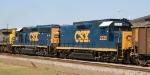 CSX 2220 & 6917 display their fresh YN3 paint on train U324