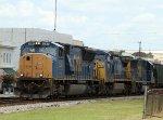 CSX 4767 leads train R647 southbound