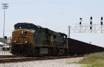 CSX 5320 leads train W086 past the new signals at DI