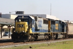 CSX 8544 & 4562 lead train G882-12 southbound