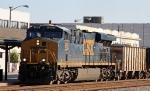 CSX 866 leads a short train Q415-01 (28 cars) into the yard
