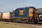 CSX 2726 leads train F017-02 northbound. The unit still has classification lights