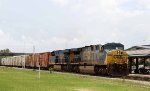 CSX 609 leads train Q140-02, the Juice Train, northbound