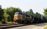 CSX 9031 leads train F007 towards the yard