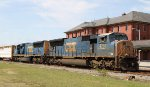CSX 4757 & 4779 lead train Q406-14 northbound