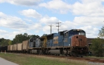 CSX 4744 leads train Q400-06 northbound