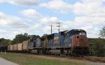 CSX 4744 leads train Q400-06 northbound