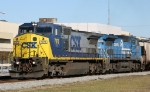 CSX 7370 leads CSX 7303 and train G938 southbound