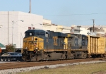 CSX 5273 & 101 lead train Q405 southbound