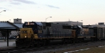 CSX 8537 leads train F781-23 towards the yard