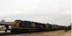 CSX 848 leads 9 other locos southbound on train Q409