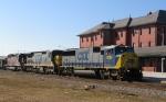 CSX 8785 leads a northbound train