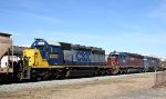 CSX 8200 heads northbound