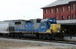 CSX 2675 leads train Y122-01 northbound